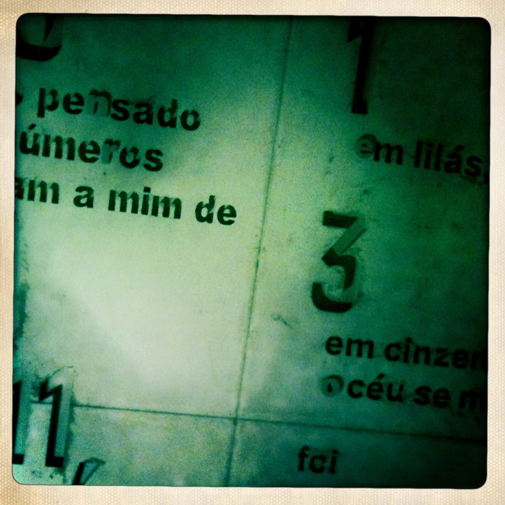 "Meaning ""House of Tales"" in Portugese, all rooms have numbers and writing engraved in the ceiling"